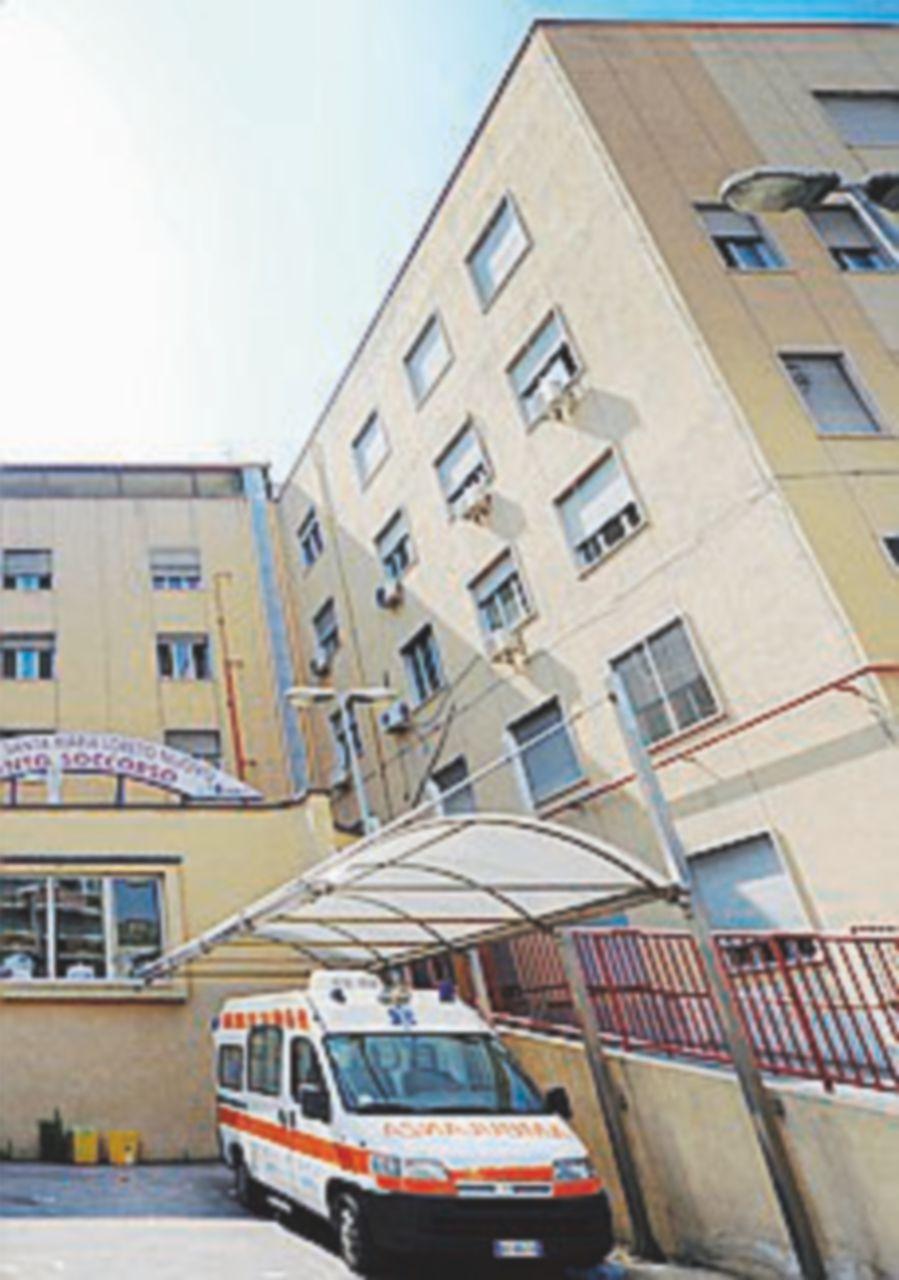 Medici e infermieri, a Napoli 87 imputati di assenteismo