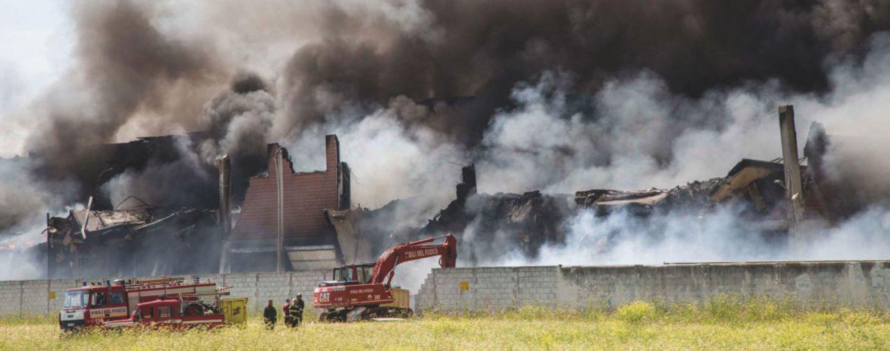 """L'ex giudice Amendola: """"Ma gli incendiari hanno una scappatoia"""""""
