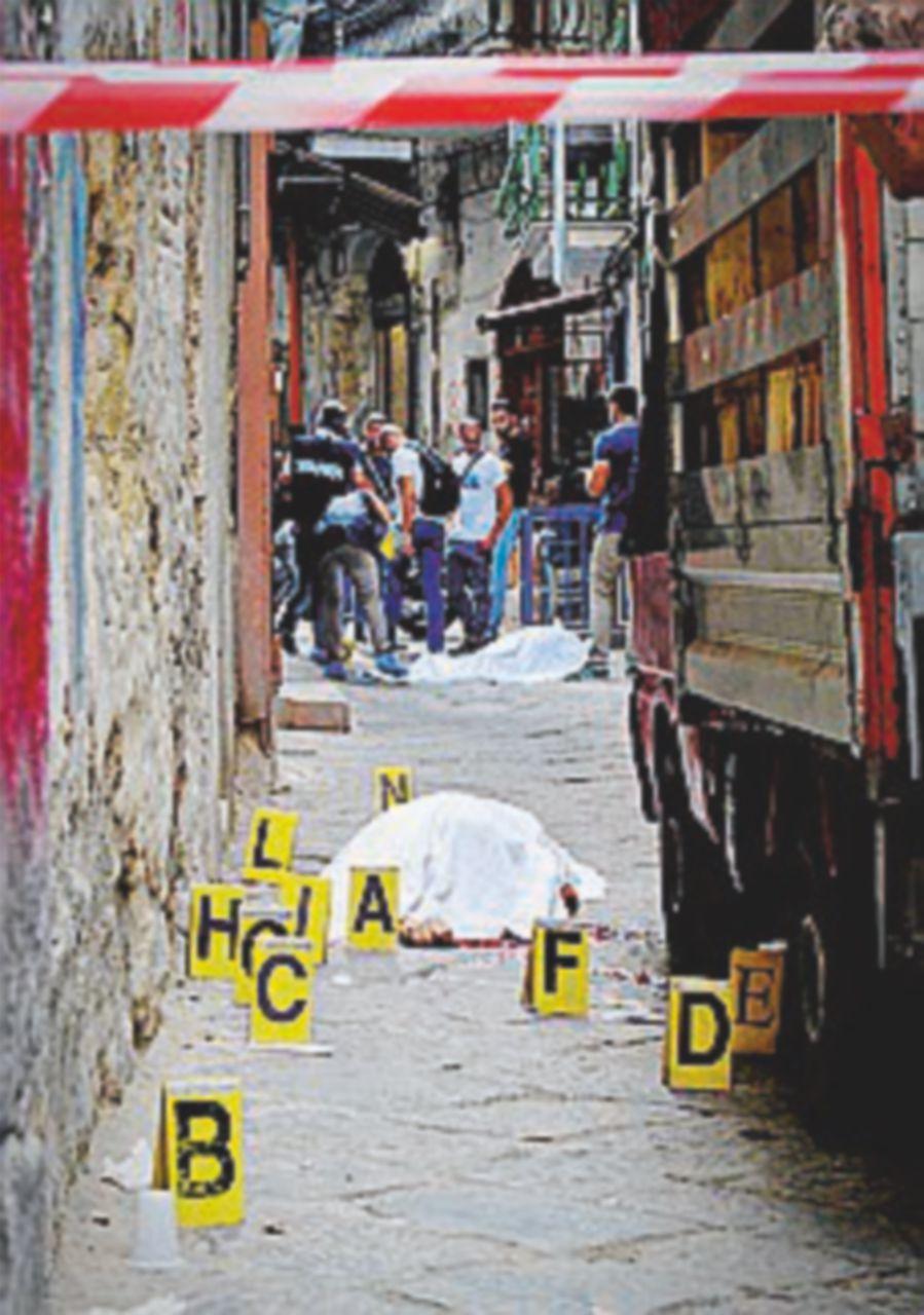 Agguato di camorra a Napoli: due morti nel clan Mazzarella
