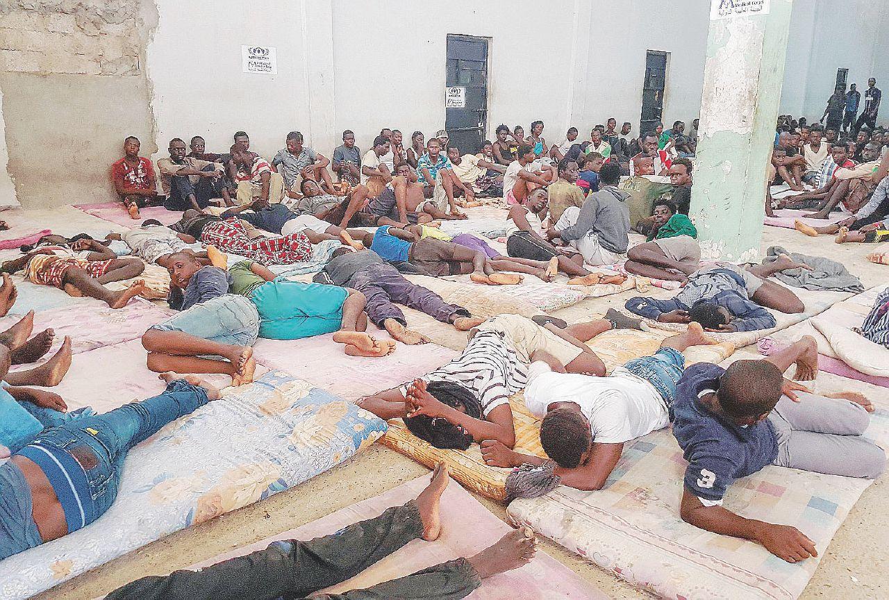 """""""Torture e violenze in Libia. Pagate per metterli nei lager"""""""