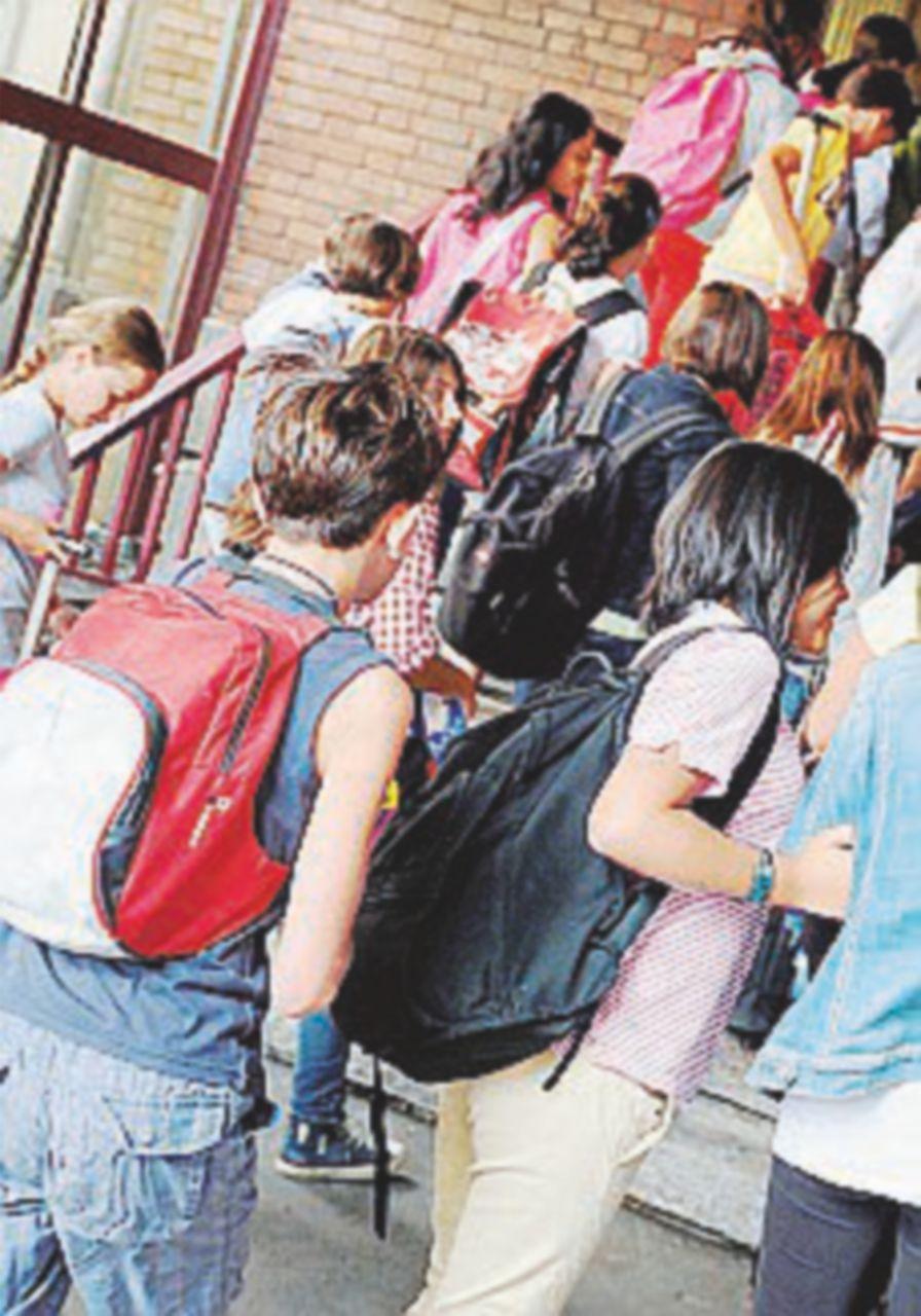 Si torna tra i banchi: tutte le novità, dai vaccini al liceo breve