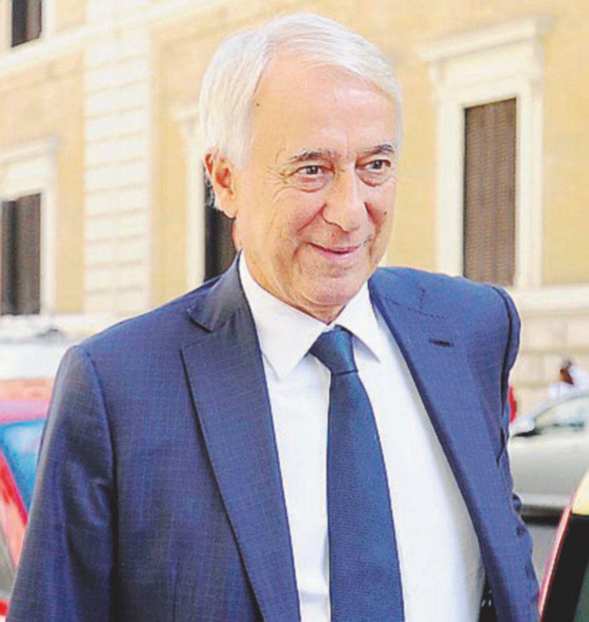 "Pisapia salta il fosso: ""Alternativo a Renzi"""