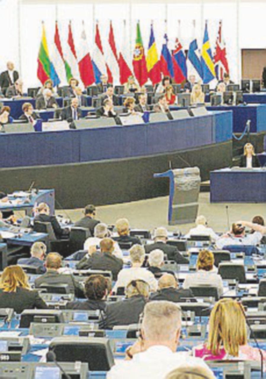 Parlamento Ue, l'emendamento salva-lobbisti