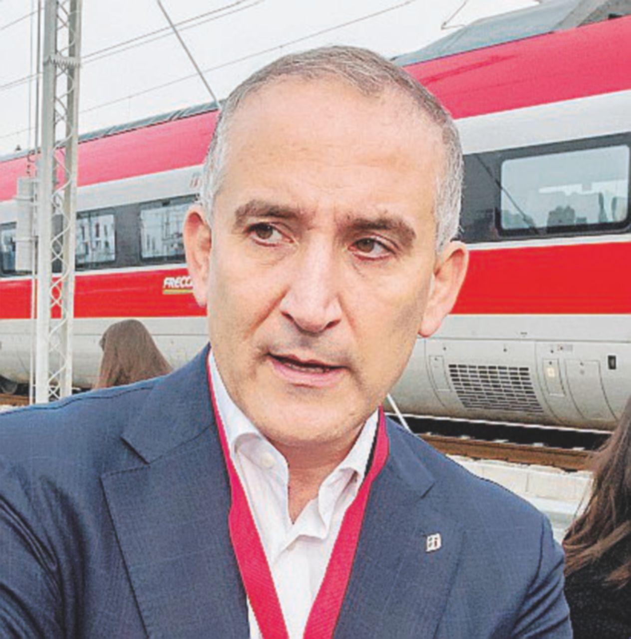 Ministri e boiardi giocano coi trenini