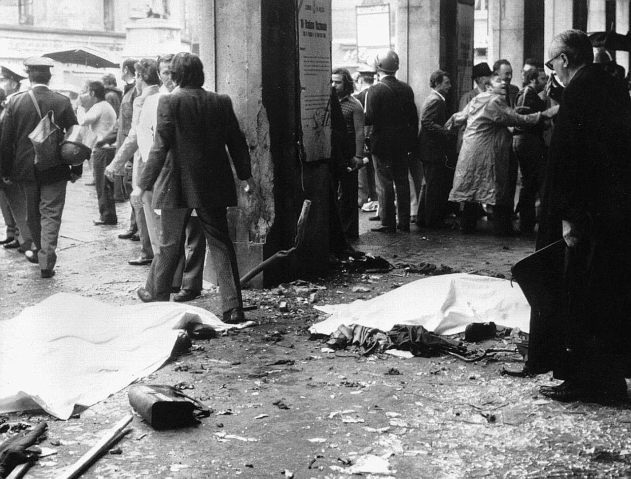 """I giudici e la strage di Brescia: """"Ecco le prove sui neofascisti"""""""