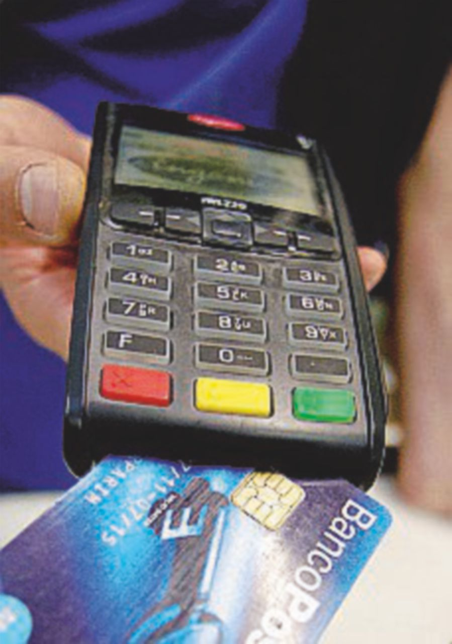 Commissioni più leggere per carte di credito e prepagate