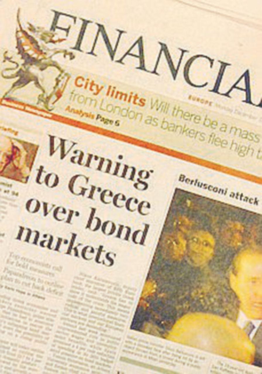 """Il Financial Times boccia Grillo&C: """"Poca trasparenza"""""""