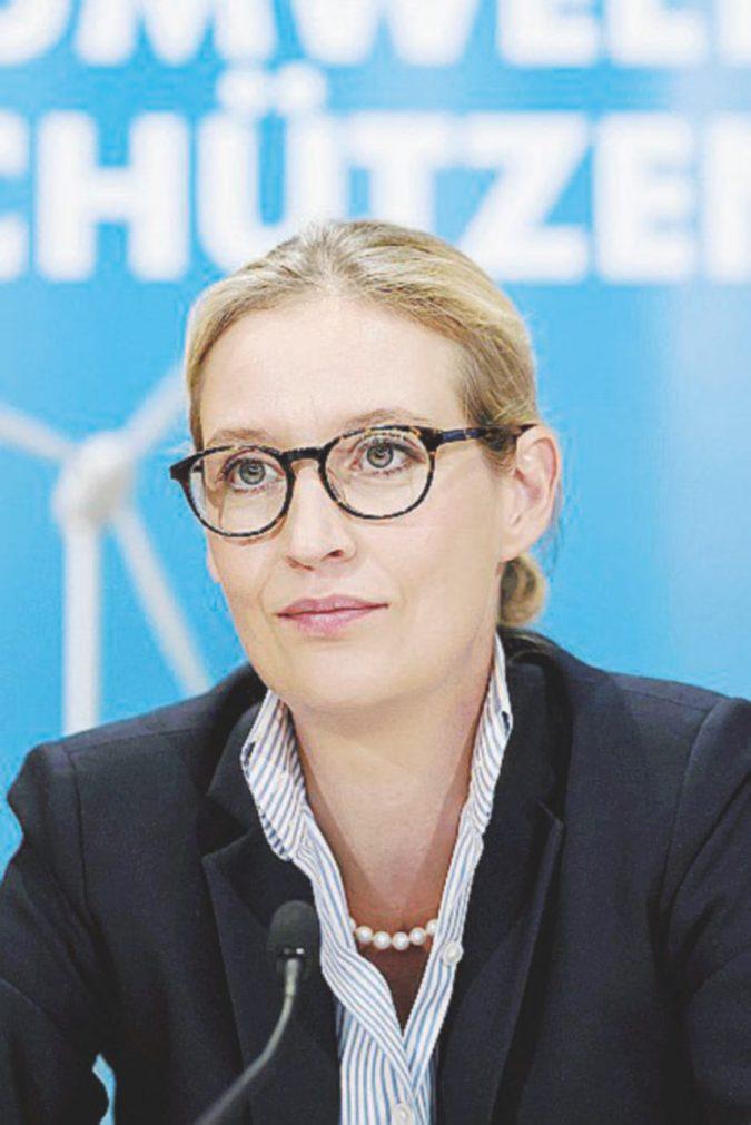 La teutonica anti-euro e anti-migranti e il lavoro in nero alla profuga siriana