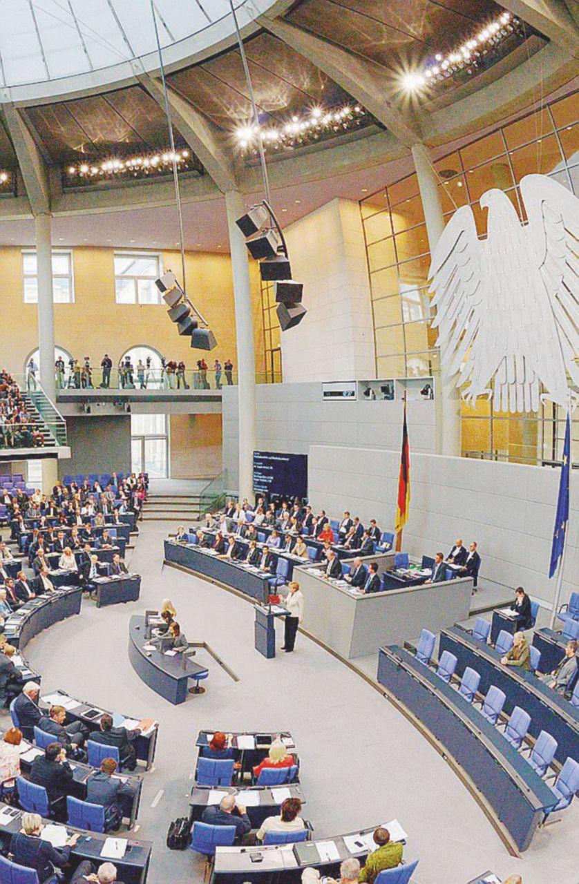 Il Bundestag trema, Afd può diventare terza forza in Parlamento