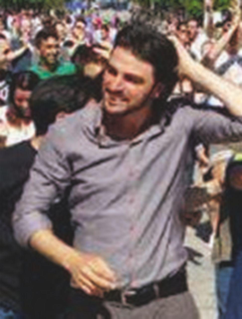 """M5S stile berluscones: """"Giustizia a orologeria"""" per il sindaco di Bagheria, indagato sui rifiuti"""