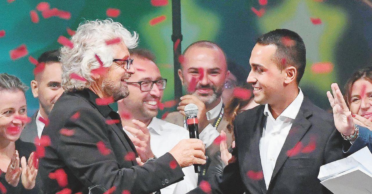 Sorpresa: ha vinto Di Maio Grillo lo incorona (Fico pure)