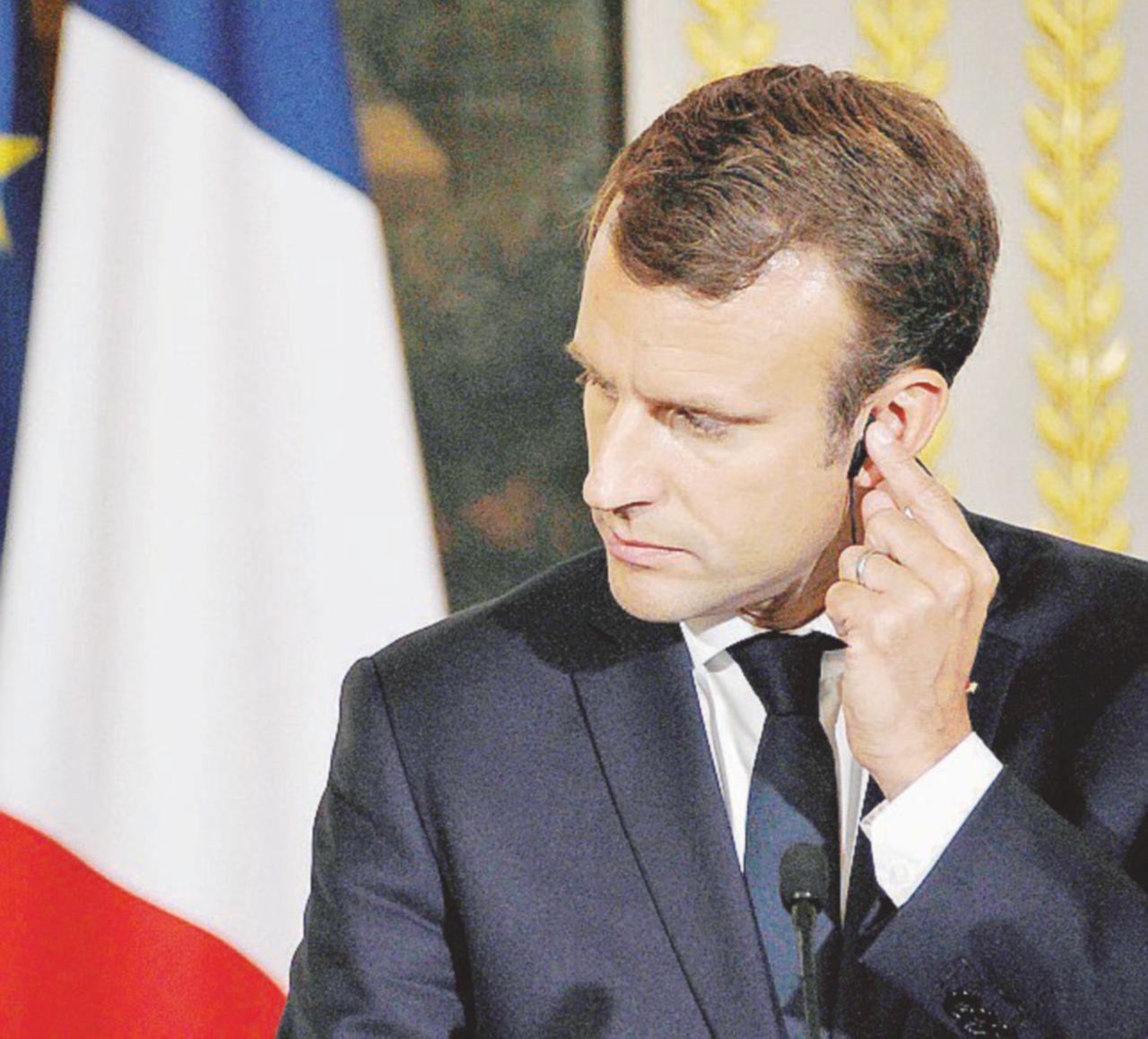 Macron, al Senato la prima sconfitta