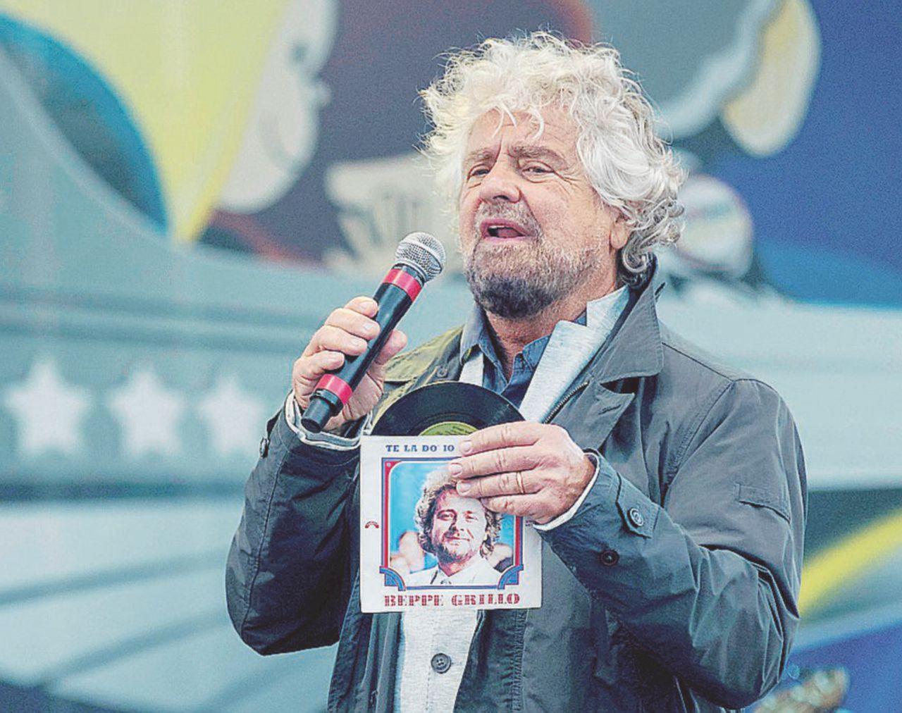 """Grillo e i duellanti: """"Fico è romantico, Luigi è di carriera. Ma li ho messi in riga"""""""