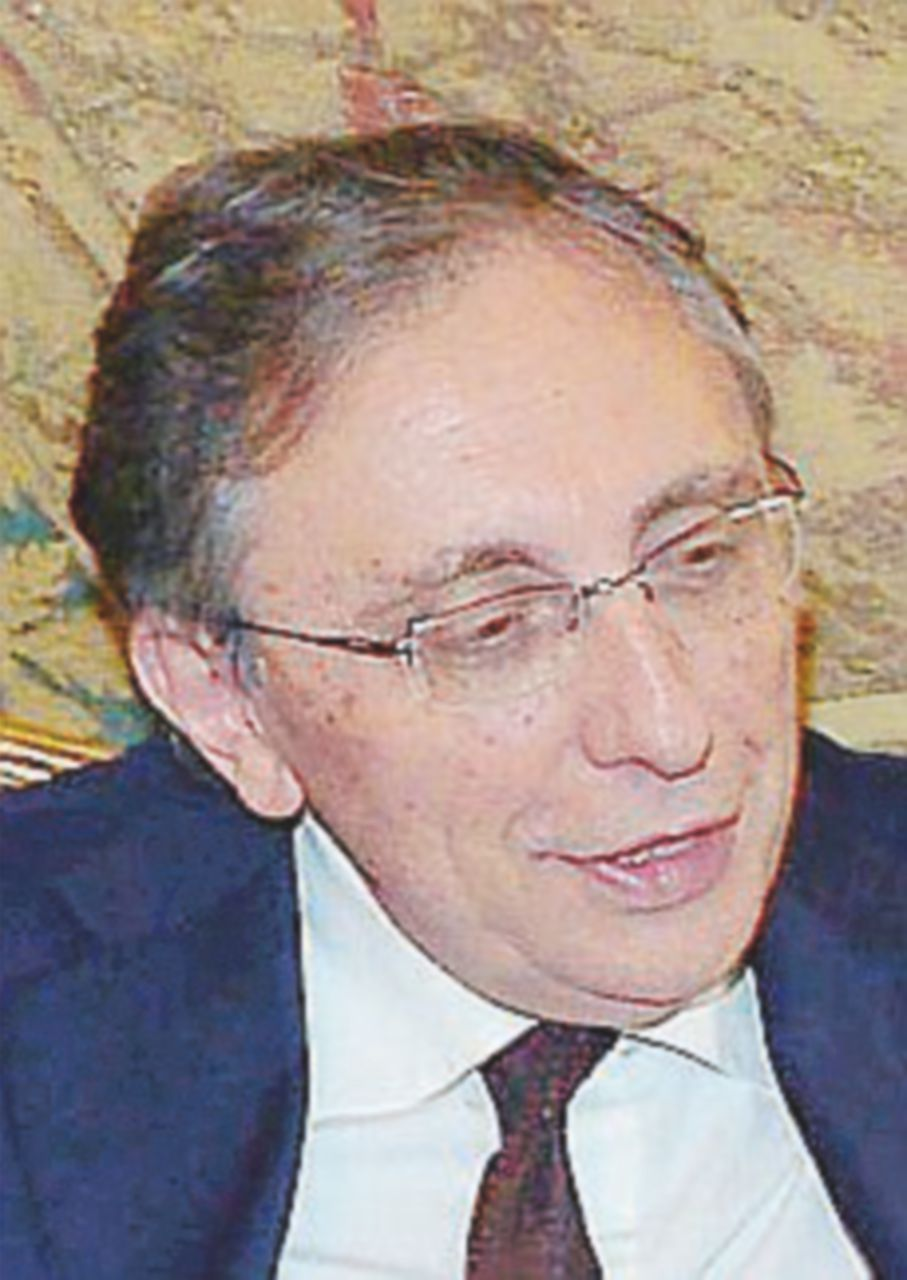 Figlio dell'ex ministro diventa ricercatore, indagato il rettore
