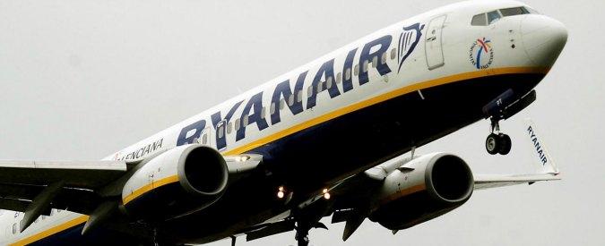 """Ryanair, mail truffa circola in rete: """"Vogliamo recuperare la fiducia dei nostri passeggeri"""""""