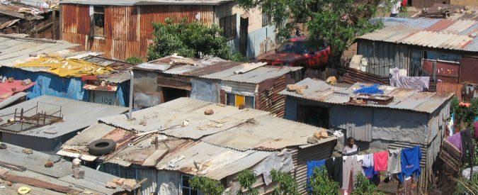 Baraccopoli e abitazioni precarie, ok condannare ma cosa fare per chi non ha alternativa?