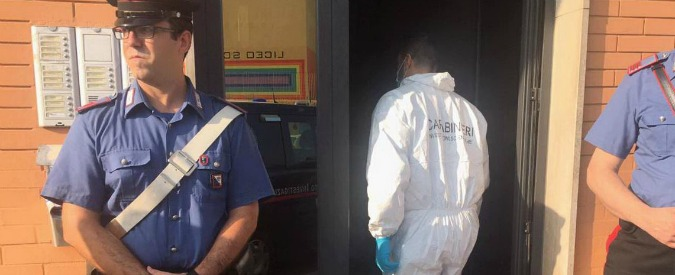 Cagliari, 58enne trovata morta in casa: ha ferite da arma da taglio. Arrestati due coinquilini della donna