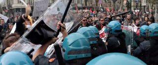 G7 a Torino, scontri tra polizia e studenti. Il corteo cercava di raggiungere la zona dove alloggiano i ministri