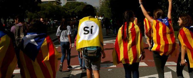 Referendum Catalogna, Europa e intellettuali zitti di fronte agli abusi di Madrid