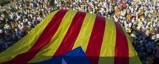 Spagna, Parlamento della Catalogna approva legge per referendum. Madrid annuncia battaglia