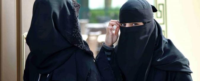 """Arabia Saudita, le donne potranno prendere la patente. Usa: """"Grande passo"""""""