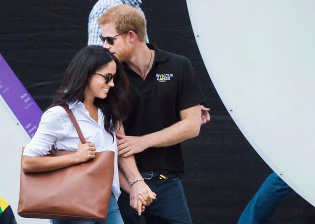 Harry d'Inghilterra e Meghan Markle, prima uscita ufficiale: le foto