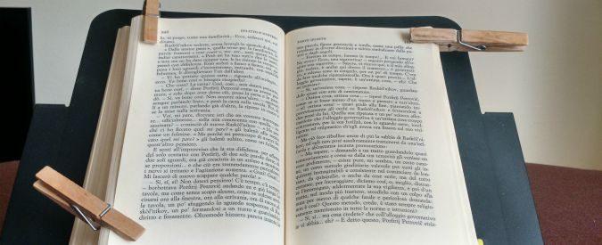 Disabilità e lettura, ecco come la distrofia di Duchenne rende un'impresa anche il girare pagina
