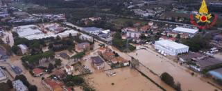 """Maltempo, a Livorno 7 morti e due dispersi. Sindaco Nogarin: """"Città devastata. Siamo in stato di calamità"""""""