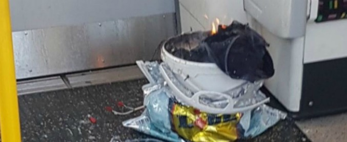 Attentato Londra, arrestato il sesto sospetto per la bomba nella metro: fermato un 17enne a sud della capitale