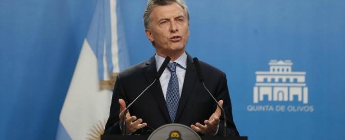 Argentina, Macri chiede aiuto al Fondo Monetario. Lo spettro del 2001 aleggia di nuovo su Buenos Aires