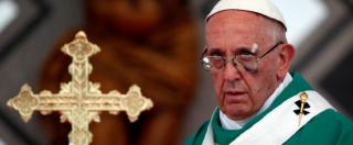 """""""Papa Francesco è eretico"""", la denuncia contro Bergoglio in una lettera: tra accusatori anche Ettore Gotti Tedeschi"""