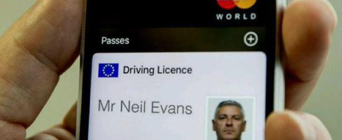 """Inghilterra, partita la sperimentazione della patente """"digitale"""". Ecco i dettagli"""