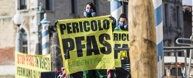 """Pfas in Veneto, la """"fabbrica dei veleni"""" verso il fallimento. Incognita sul risanamento dei terreni inquinati"""