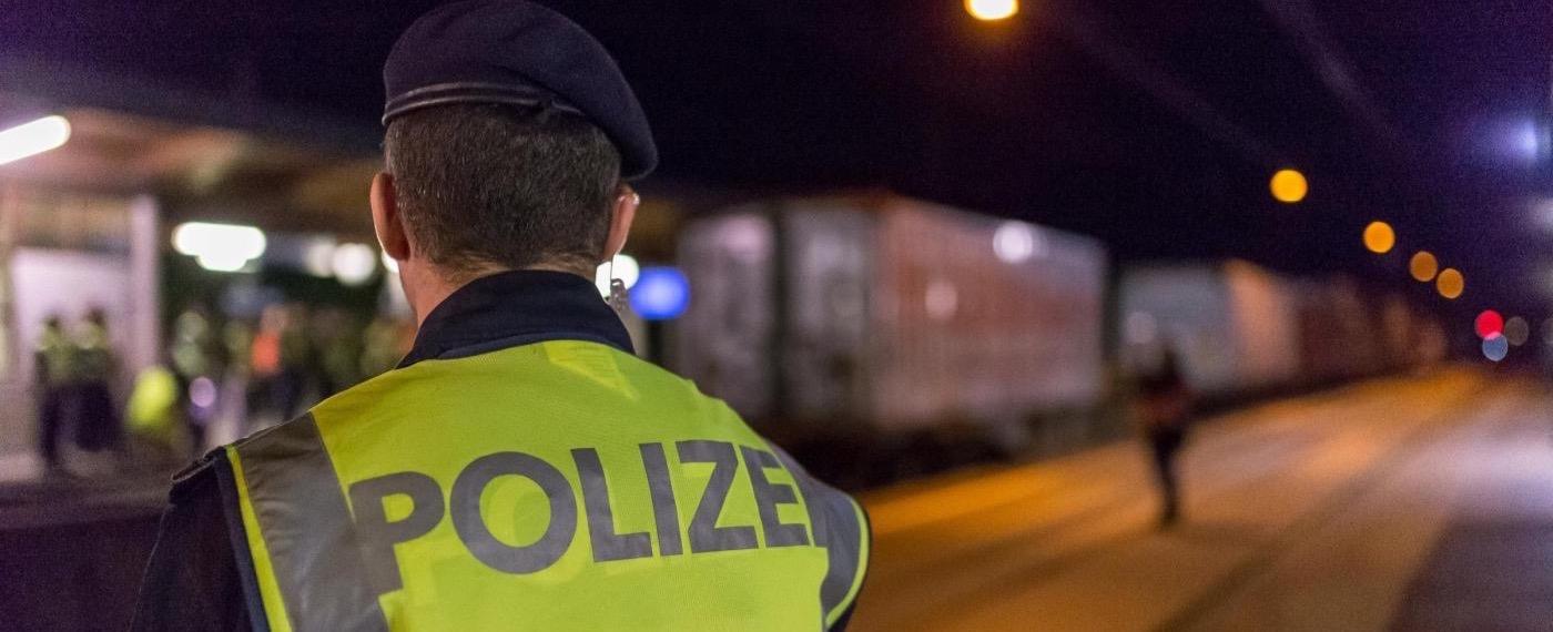 """Schengen, Bruxelles: 'Stop fino a 3 anni'. Avramopoulos: """"Sarà fine dell'Ue"""". Come funziona il Trattato e chi vuole affondarlo"""