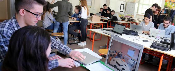 Cagliari, liceo multa studenti ritardatari: '2 euro di sanzione se arrivi dopo le 8.35'