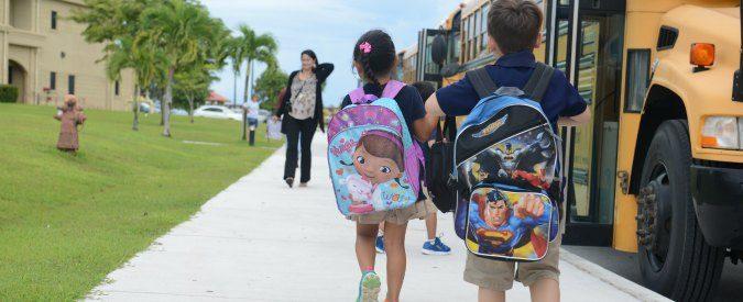 Primo giorno di scuola, quel grembiule blu che ti cambia la vita