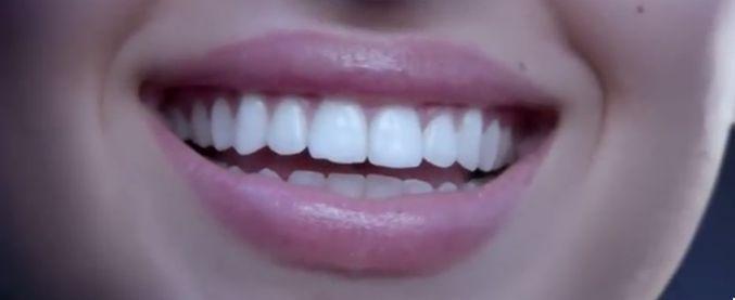 Salute: Zendium e i batteri buoni, il dentifricio fa la rivoluzione