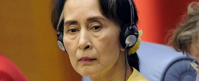 Birmania, il silenzio di Aung San Suu Kyi sui rohingya: il premio Nobel per la pace non andrà all'Assemblea generale Onu