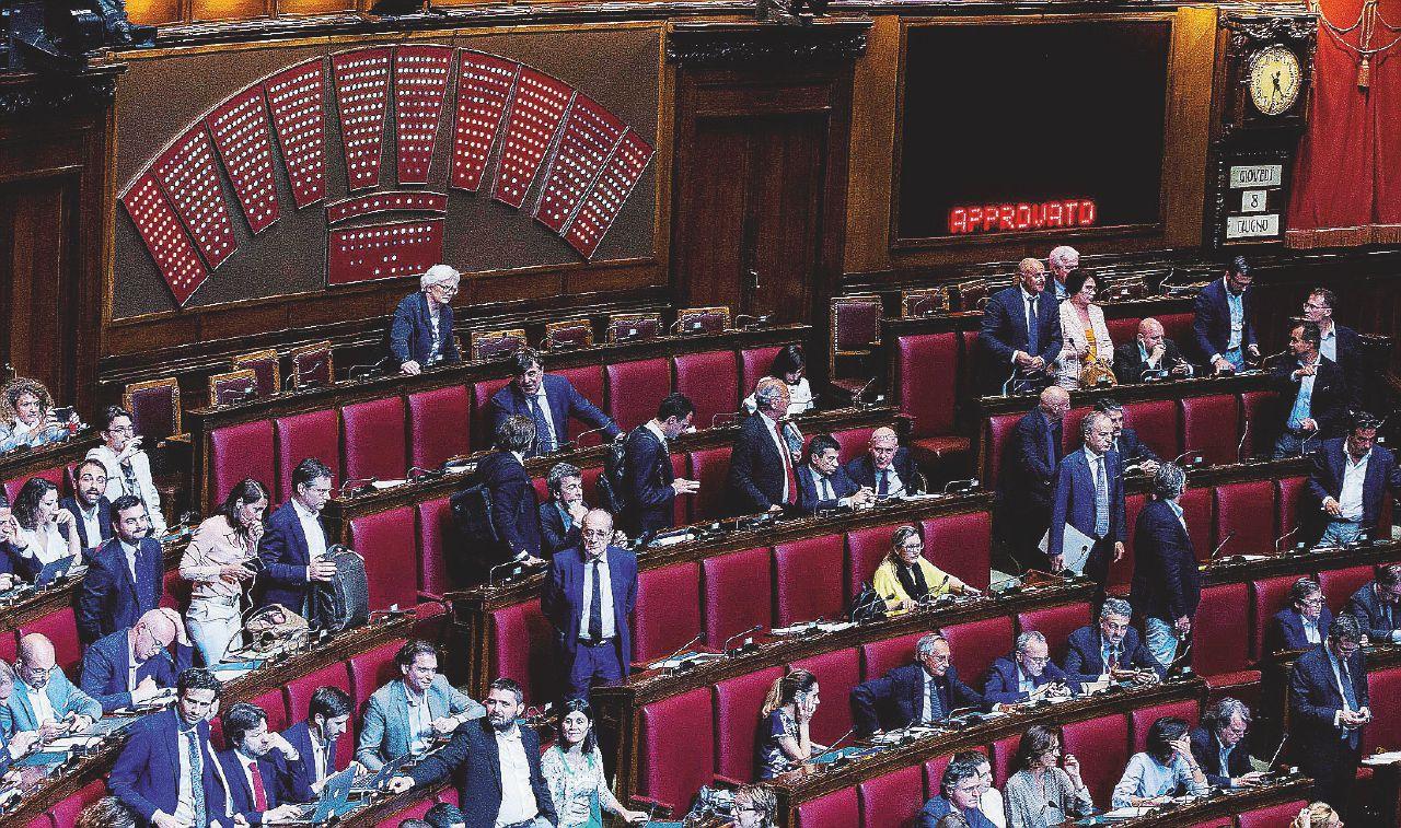 """In Edicola sul Fatto Quotidiano del 20 settembre – Il Pd ricicla il """"Rosatellum"""" anti-M5S, la Lega pronta a votarlo"""