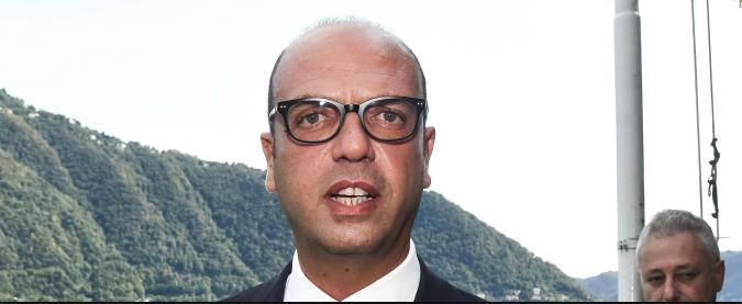 Nord Corea, la linea dura di Alfano 'L'ambasciatore di Kim espulso dall'Italia' Ma non è stato neppure accreditato