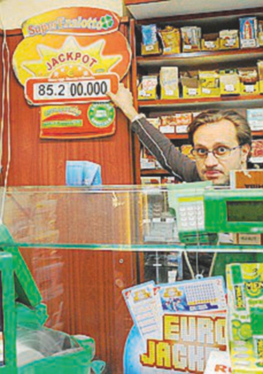 Lotto & C., sale la tassa sulle vincite: esclusi poker e slot