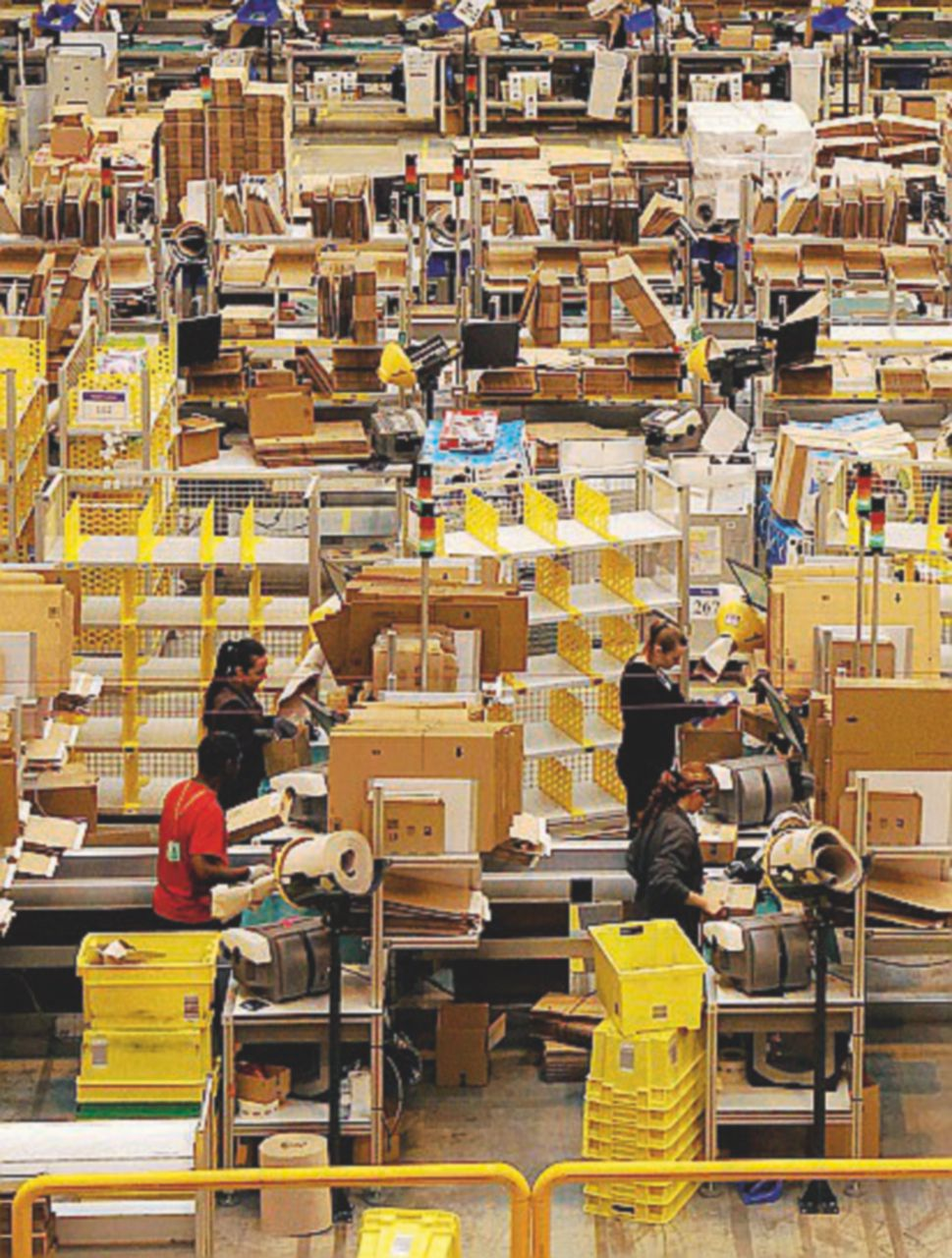 La Commissione Ue stanga (poco) Amazon