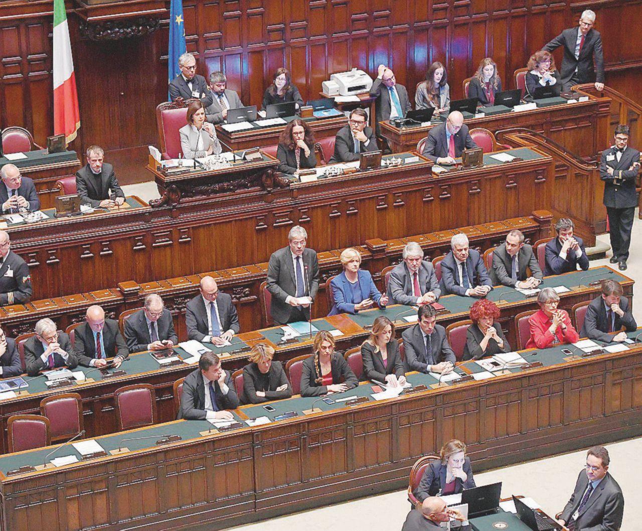 Esce Bersani, entra Verdini: ecco la nuova maggioranza