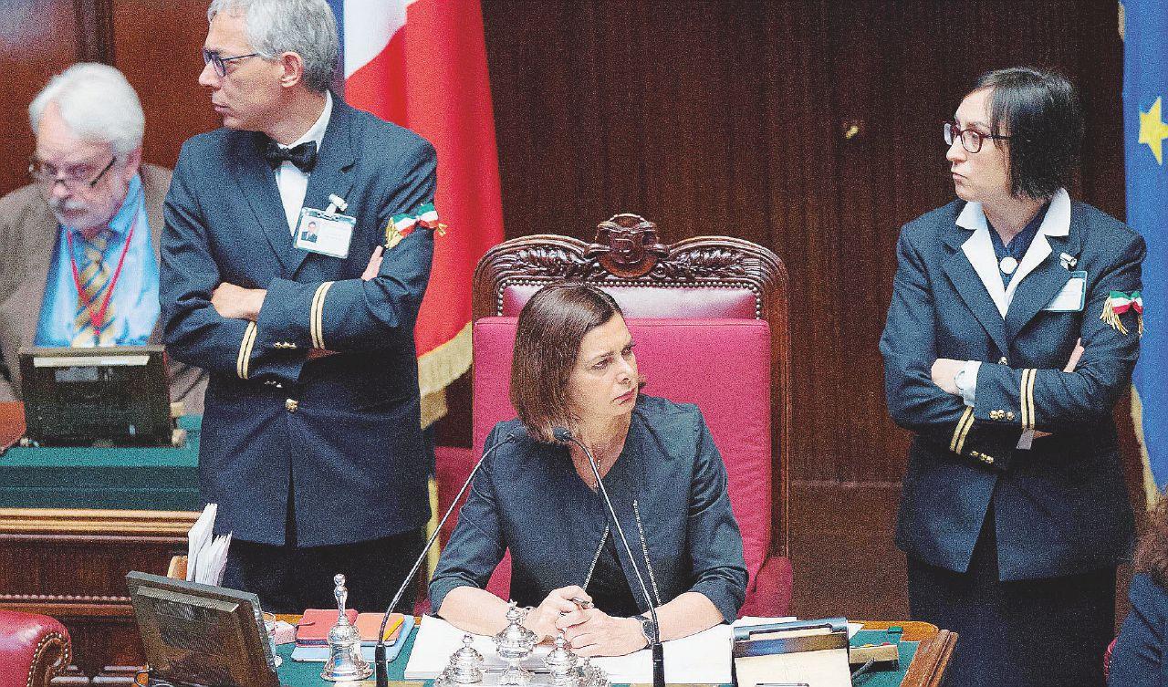 Sul Fatto del 10 ottobre: legge elettorale, vietato opporsi. Renzi minaccia canguri e fiducia