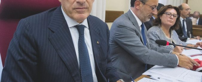 Banca Etruria può attendere. Niente fretta in commissione