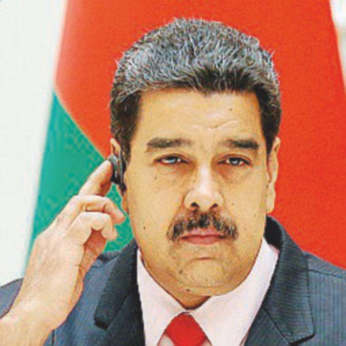 Seggi spostati e brogli: Maduro sfida i nemici nel voto locale