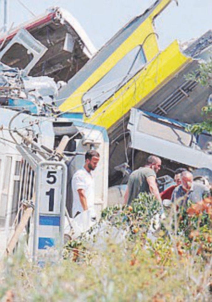 Scontro ferroviario in Puglia: il capotreno riammesso in servizio