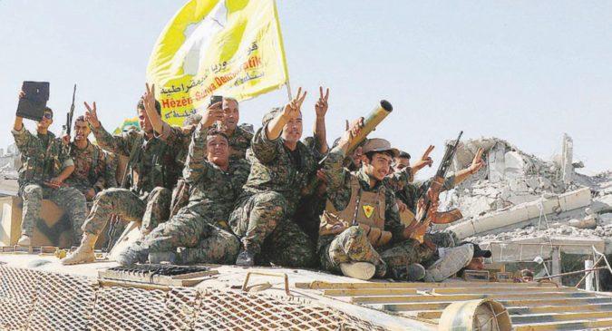 Raqqa è presa, curdi felici solo a metà