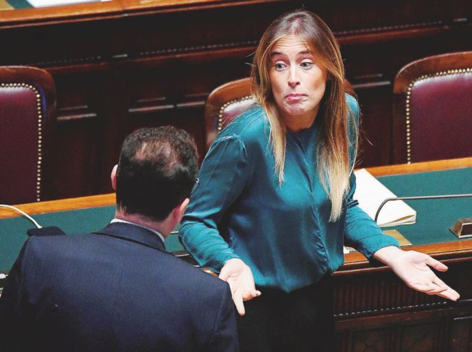 La mozione del Pd anti-Bankitalia scritta dalla Boschi