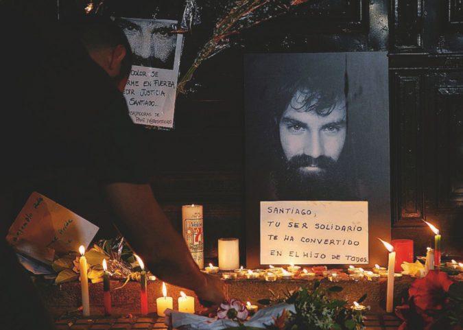 """Il cadavere """"scomodo"""" finisce nell'urna di Macri"""